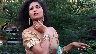 Desi Bhabi Maya Rati In Hindi Song - Maya
