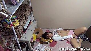 日本人女性手淫,同时拍摄窥淫