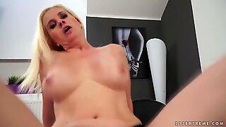 Hot Mom fucks a long dick