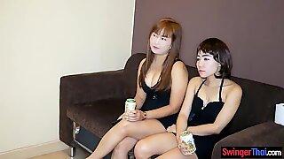 Thai party ladies nail a Farang in this amateur threeway