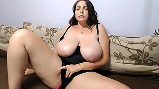 big globes fleshy girl is having some fun